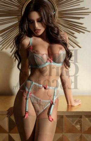 Cyria erotic massage in Mercer Island WA