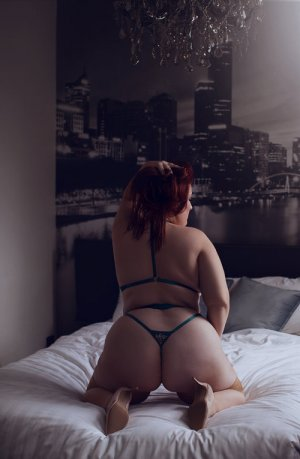 Rakel erotic massage