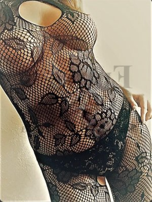 Ryanna erotic massage in Paris Texas